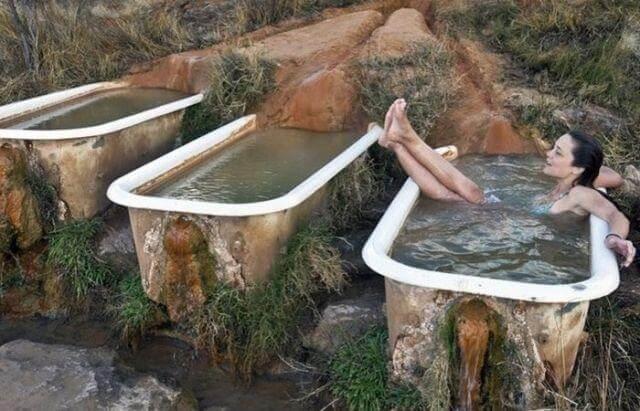 Мінеральні ванни: показання та протипоказання